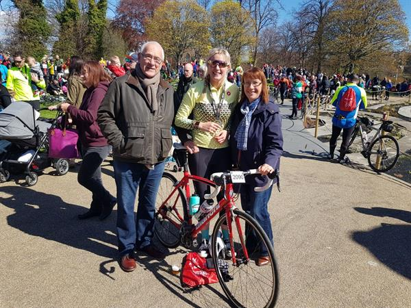 Doing it for Dad: Father's brain tumour diagnosis inspires 100-mile cycle