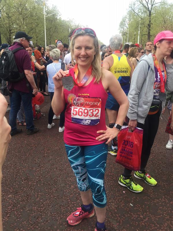 Sister runs London Marathon to help scientists find a cure for brain tumours