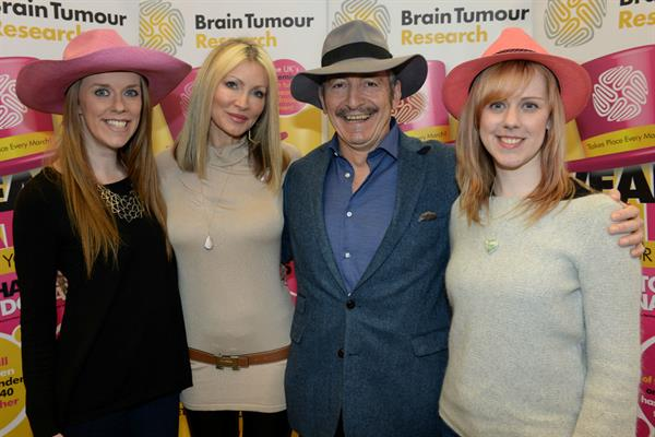 Glenn gets his hat on for Brain Tumour Research!