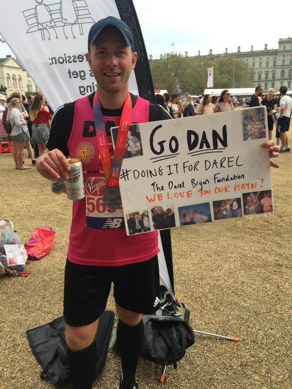 Bow man runs London Marathon to help scientists find a cure for cancer that took best friend