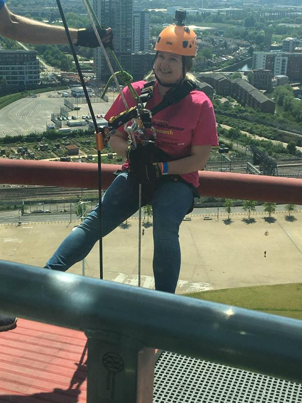 Brain tumour patient overcomes fear of heights in pursuit of a cure