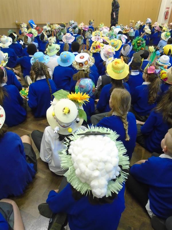 Children at St Andrew's put their Hats on for  Brain Tumour Research!