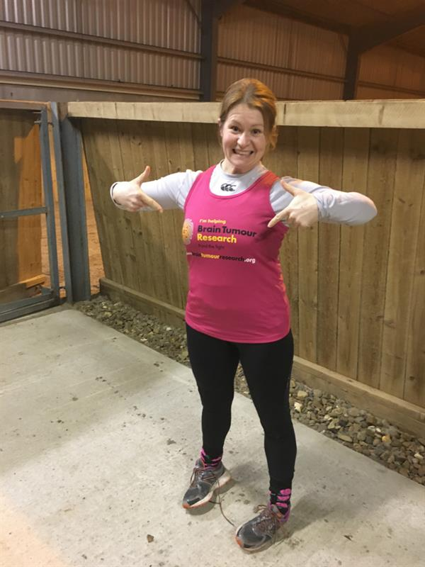 Nuneaton woman inspired to take on marathon challenge in mum's memory
