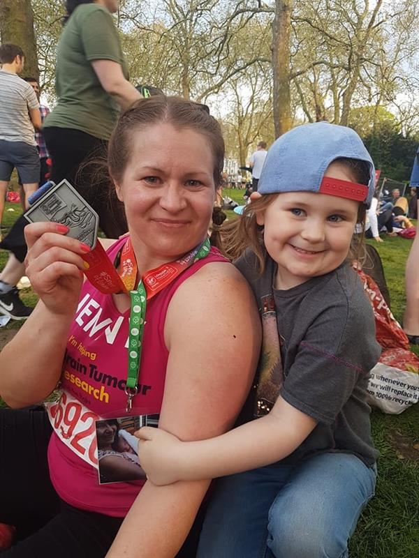 Nuneaton woman runs London Marathon to help scientists find a cure