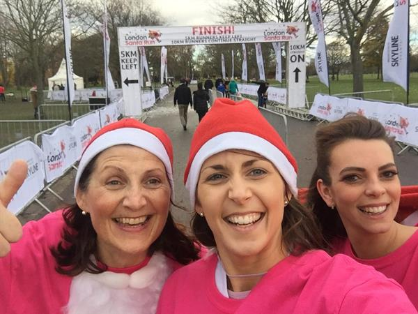 Family of Santa runners ho-ho-hope for a brain tumour cure