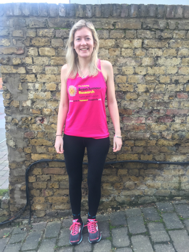 Three members of one family running London Marathon in memory of loved one who died of a brain tumour