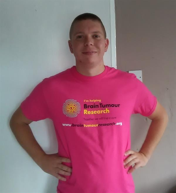 Friend takes on charity challenge after brain tumour loss
