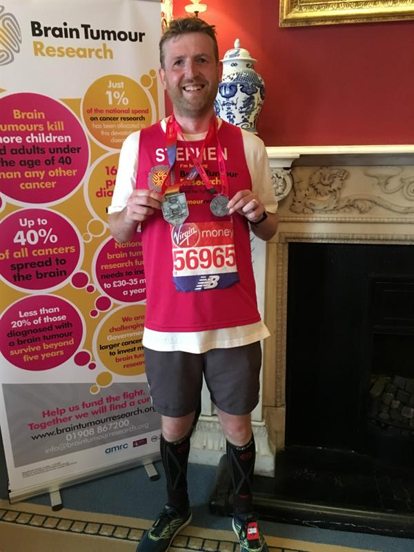 Cambridge man completes London Marathon after losing dad to brain tumour