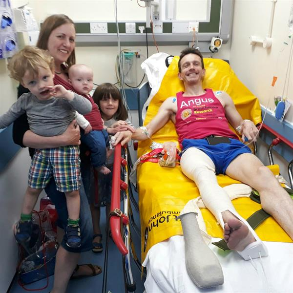 Marathon runner whose leg broke in the final kilometre vows to run again next year