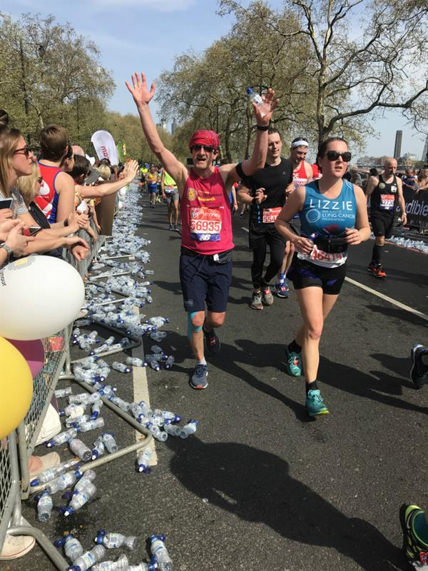 Eastbourne man completes London Marathon in memory of best friend lost to brain tumour
