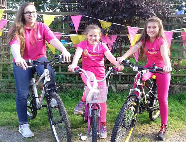 Sisters' sponsored cycle ride in memory of uncle lost to brain tumour